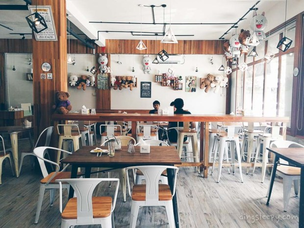 what to do batam dingsleepy cafe
