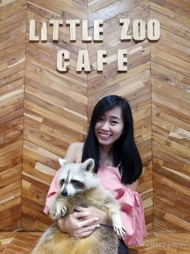 things to eat in bangkok little zoo cafe dingsleepy