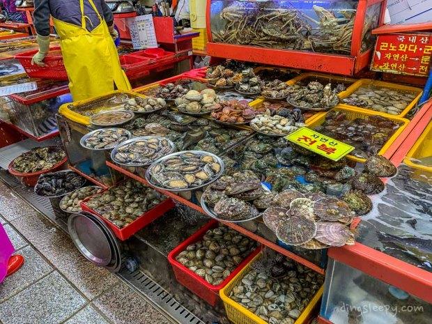 food in busan dingsleepy jalgachi market
